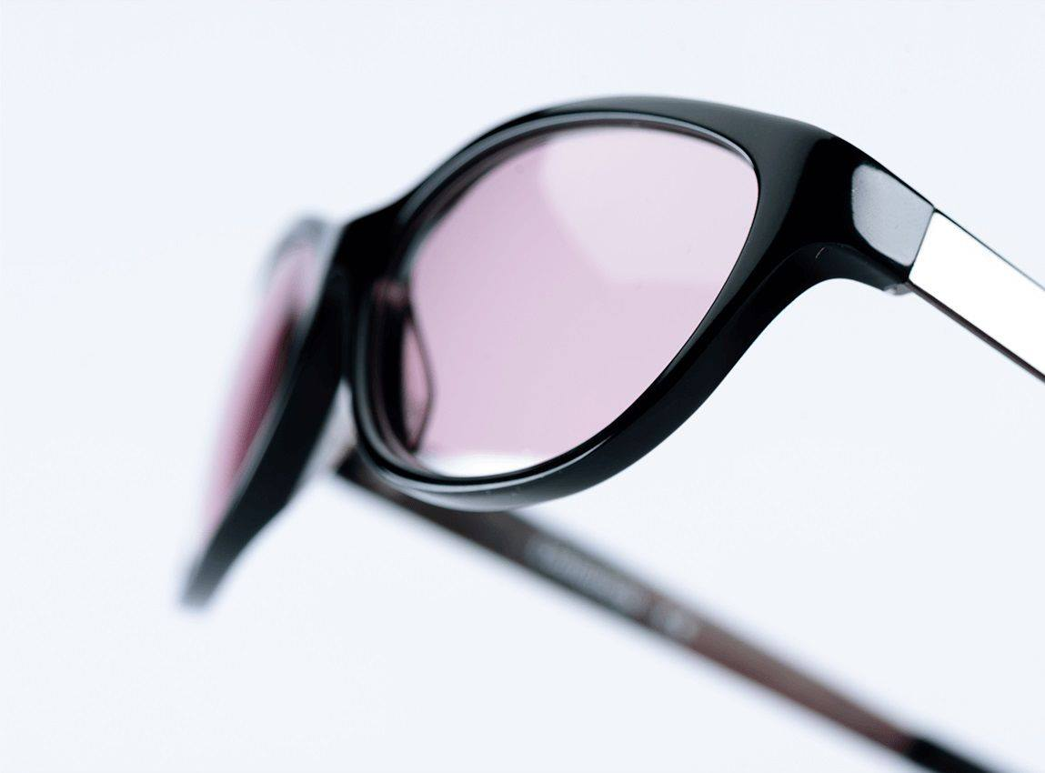 انواع عدسات النظارات الطبية الملونة