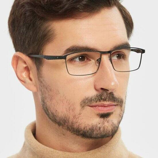 النظارة المناسبة للانف الكبير للرجال